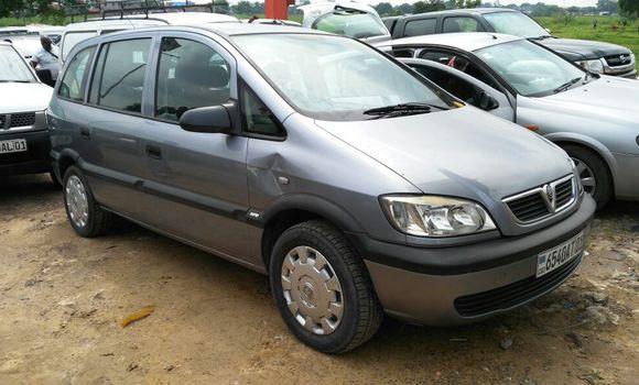 Voiture à vendre Opel Zafira Gris - Kinshasa - Kalamu