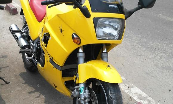 Moto à vendre Suzuki 750 Autre - Kinshasa - Kalamu