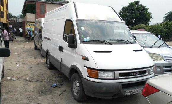 Utilitaire à vendre Iveco Daily Blanc - Kinshasa - Bandalungwa