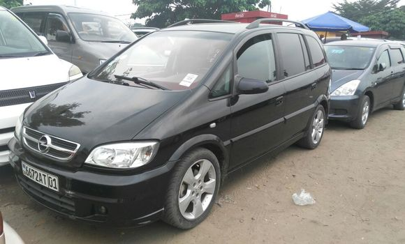 Voiture à vendre Opel Zafira Noir - Kinshasa - Kalamu