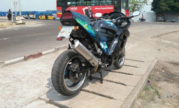 Moto à vendre Honda CBR 1000 RR Noir - Kinshasa - Kalamu