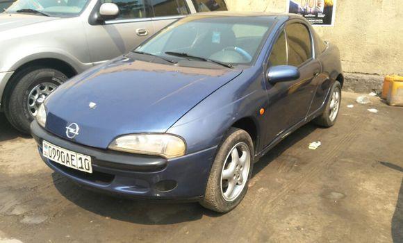 Voiture à vendre Opel Corsa Bleu - Kinshasa - Bandalungwa