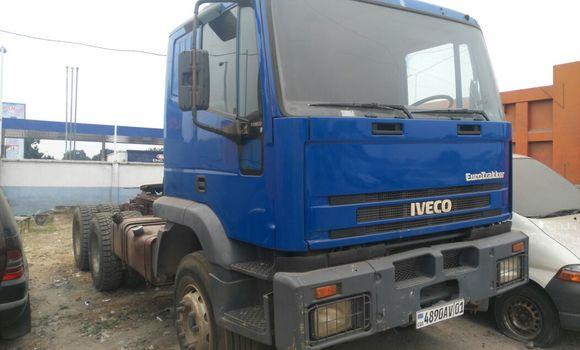 Utilitaire à vendre Iveco Cargo Bleu - Kinshasa - Kalamu