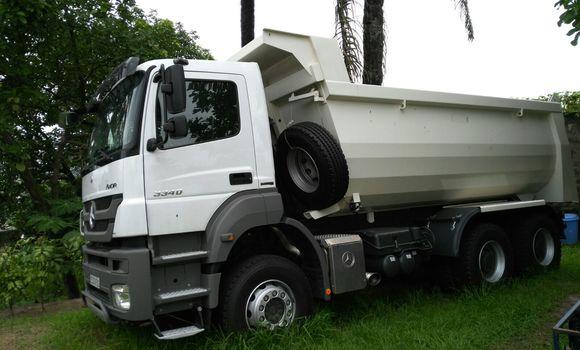 Utilitaire à vendre Mercedes Benz Actros 3340 Blanc - Kinshasa - Ngaliema
