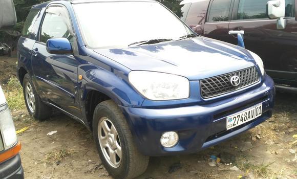 Voiture à vendre Toyota RAV4 Bleu - Kinshasa - Kalamu