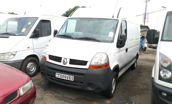 Voiture à vendre Renault Master Blanc - Kinshasa - Kalamu