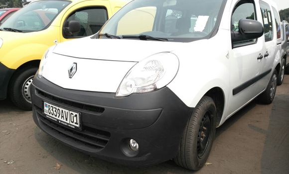 Voiture à vendre Renault Kangoo Blanc - Kinshasa - Kalamu