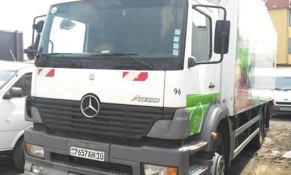 Utilitaire à vendre Mercedes Benz Atego Blanc - Kinshasa - Kasa Vubu