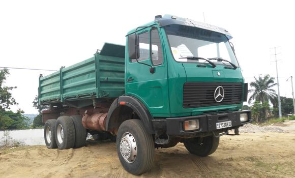 Utilitaire à vendre Mercedes Benz 2628 Vert - Kinshasa - Ngaliema