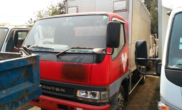 Voiture à vendre Mitsubishi Canter Fuso Rouge - Lubumbashi - Lubumbashi