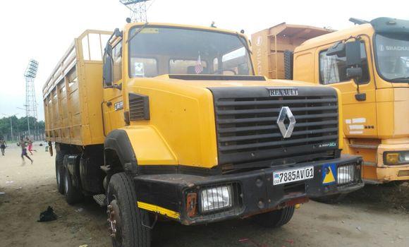Utilitaire à vendre Renault CBH 320 Autre - Kinshasa - Kalamu