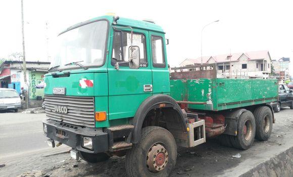 Utilitaire à vendre Iveco 260-34 Vert - Kinshasa - Ngiri Ngiri