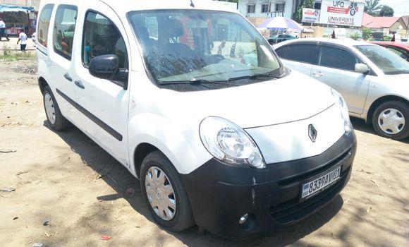 Voiture à vendre Renault Kangoo Blanc - Kinshasa - Limete