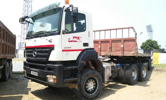 Utilitaire à vendre Mercedes Benz Actros 3341 Blanc - Kinshasa - Kalamu