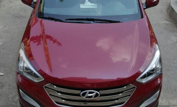 Voiture à vendre Hyundai Santa Fe Rouge - Kinshasa - Gombe
