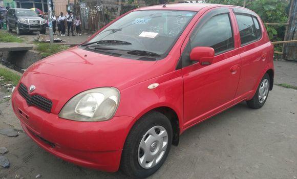 Voiture à vendre Toyota Vitz Rouge - Kinshasa - Ngiri Ngiri