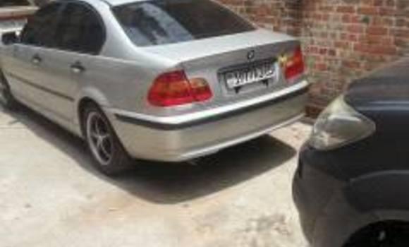 Voiture à vendre BMW 330 CI Noir - Kinshasa - Bandalungwa