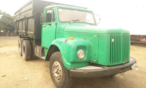 Voiture à vendre Scania 110 Vert - Kinshasa - Kalamu