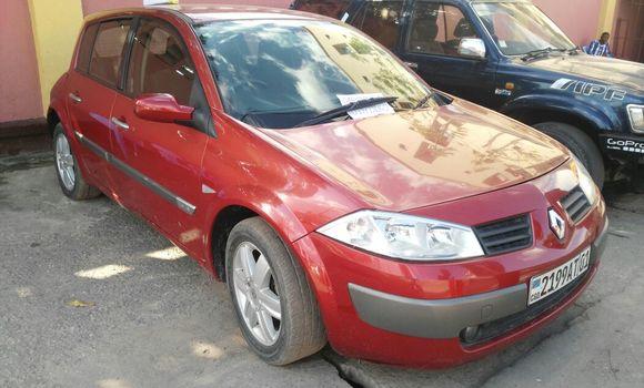 Voiture à vendre Renault Megane Rouge - Kinshasa - Barumbu