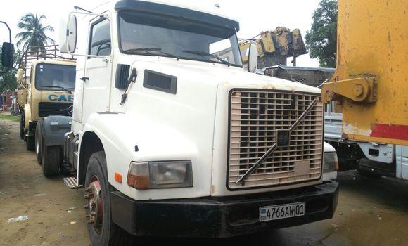 Utilitaire à vendre Volvo FH12 Blanc - Kinshasa - Kalamu