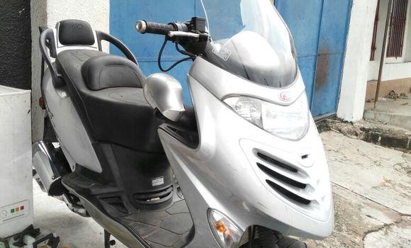 Moto à vendre Kymco Grand Dink Gris - Kinshasa - Kalamu
