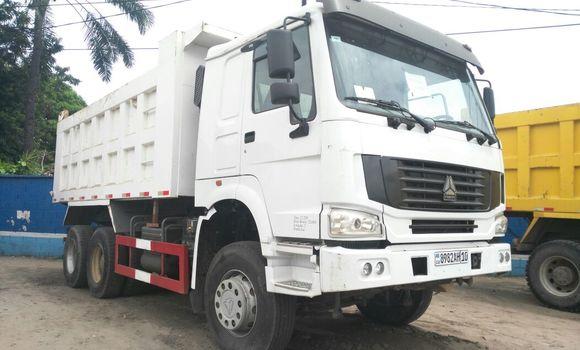 Utilitaire à vendre Sinotruk Howo Blanc - Kinshasa - Limete