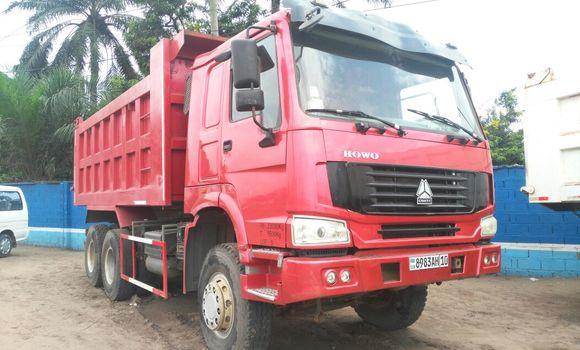 Utilitaire à vendre Sinotruk Howo Rouge - Kinshasa - Limete