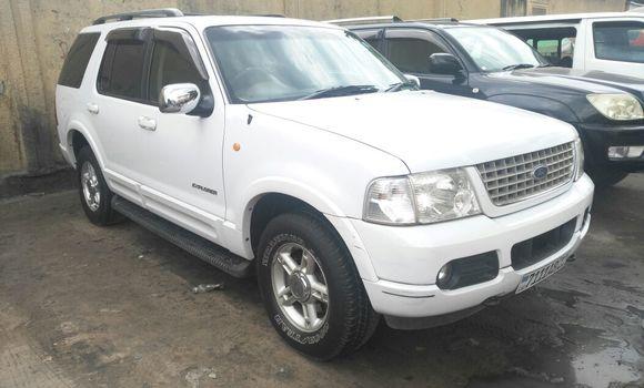 Voiture à vendre Ford Explorer Blanc - Kinshasa - Bandalungwa