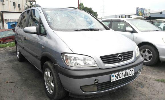 Voiture à vendre Opel Zafira Bleu - Kinshasa - Limete