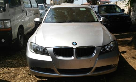 Voiture à vendre BMW 320i Gris - Lubumbashi - Lubumbashi