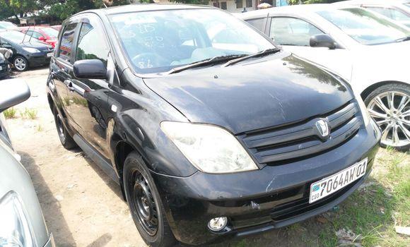 Voiture à vendre Toyota IST Noir - Kinshasa - Limete