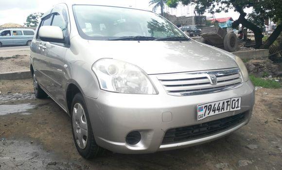 Voiture à vendre Toyota Raum Gris - Kinshasa - Kalamu