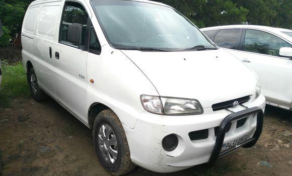 Utilitaire à vendre Hyundai H200 Blanc - Kinshasa - Kalamu