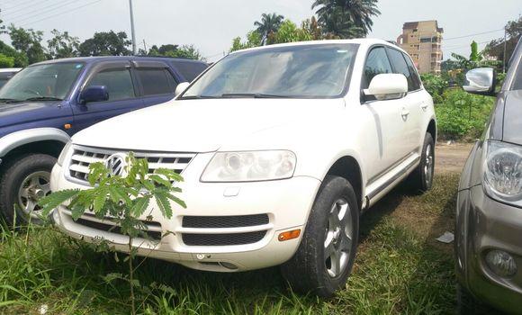 Voiture à vendre Volkswagen Touareg Blanc - Kinshasa - Limete