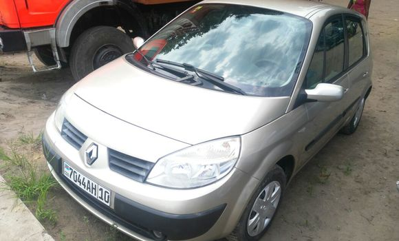 Voiture à vendre Renault Scenic Gris - Kinshasa - Lemba