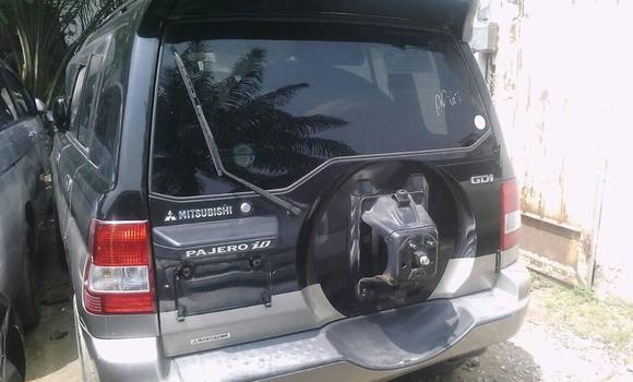 Voiture à vendre Mitsubishi Pajero Noir - Kinshasa - Bandalungwa
