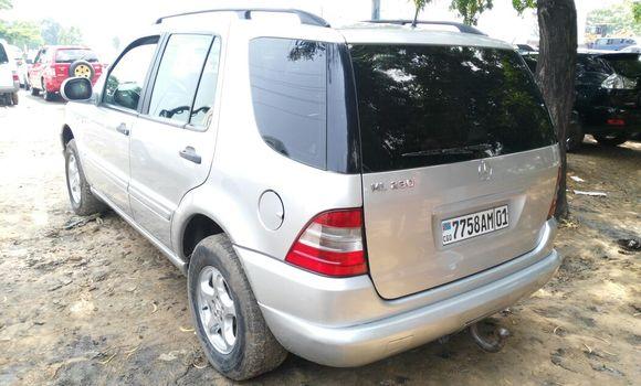 Voiture à vendre Mercedes Benz ML-Class Gris - Kinshasa - Kalamu