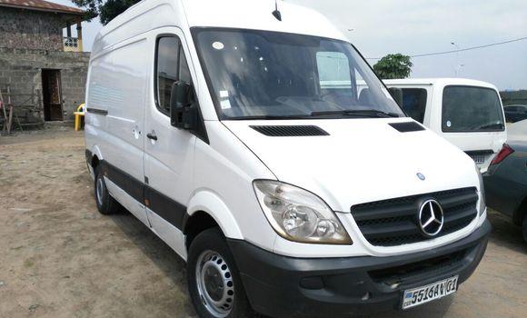 Voiture à vendre Mercedes Benz Sprinter Blanc - Kinshasa - Kalamu