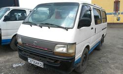 Voiture à vendre Toyota Hiace Noir - Kinshasa - Kasa Vubu - CarWangu