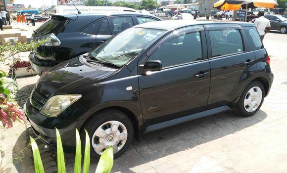 Voiture à vendre Toyota IST Noir - Kinshasa - Kinshasa