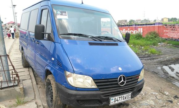 Voiture à vendre Mercedes Benz Sprinter Bleu - Kinshasa - Kalamu