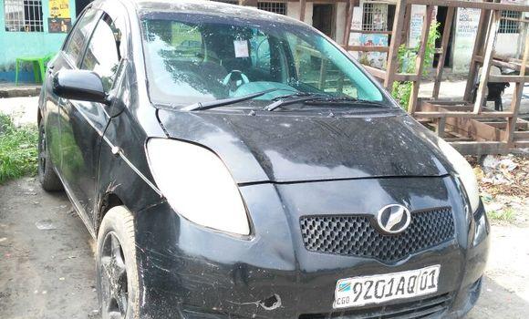 Voiture à vendre Toyota Vitz Noir - Kinshasa - Lemba