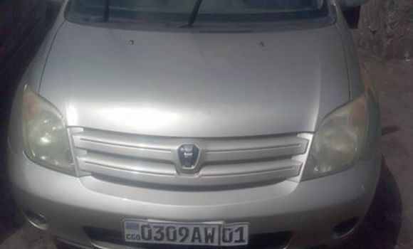 Voiture à vendre Toyota IST Autre - Kinshasa - Bandalungwa