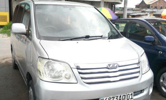 Voiture à vendre Toyota Noah Gris - Kinshasa - Kinshasa