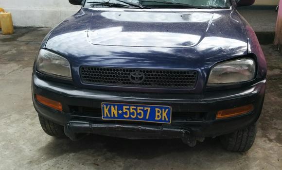 Voiture à vendre Toyota RAV4 Bleu - Kinshasa - Ngaliema