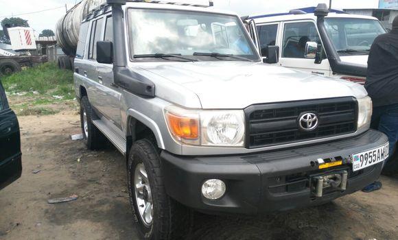 Voiture à vendre Toyota Land Cruiser Gris - Kinshasa - Kalamu