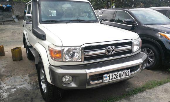Voiture à vendre Toyota Land Cruiser Blanc - Kinshasa - Limete
