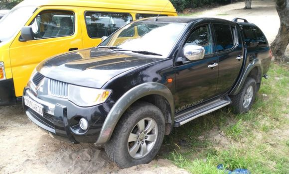 Voiture à vendre Mitsubishi L200 Noir - Kinshasa - Lemba