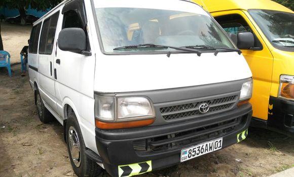 Voiture à vendre Toyota Hiace Blanc - Kinshasa - Lemba