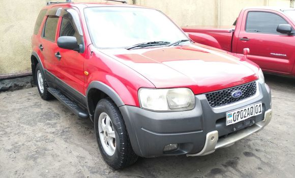 Voiture à vendre Ford Escape Rouge - Kinshasa - Bandalungwa